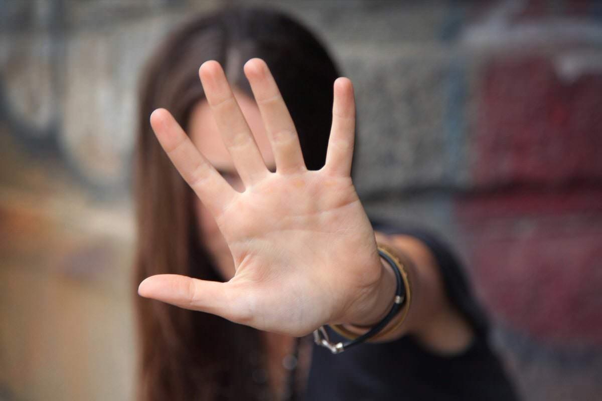 Tep (Trastorno esquizoide de la personalidad) confundido con el síndrome de Asperger porque en ambos se da dificultad para disfrutar las relaciones sociales y poca expresión de emociones.