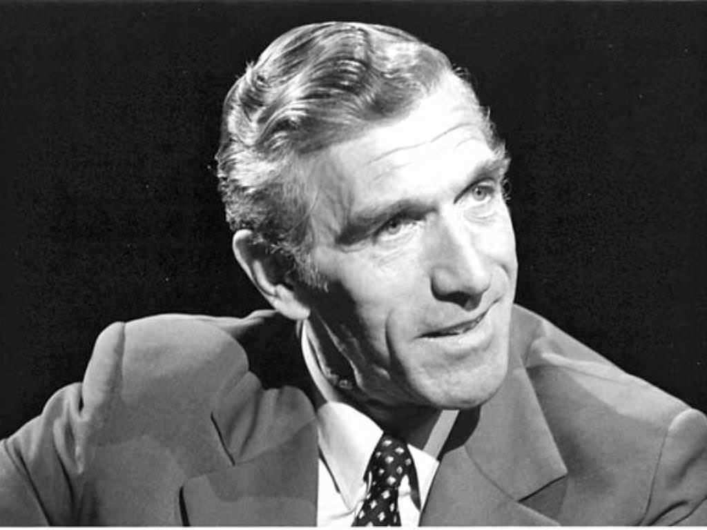 Paul Watzlawick: psicólogo destacado por su trabajo en el desarrollo de la terapia sistémica.